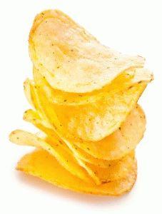 Картофельные чипсы - одна из самых популярных закусок